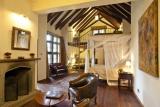 Giraffe manor suite