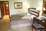 Kingdom Hotel bedroom with twin beds