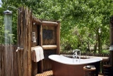 Khwai river lodge suite bathroom