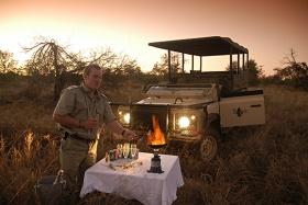 Imbali Safari Lodge sundowners in the African bushveld