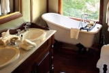 Hamiltons Bathroom