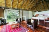 Kwando lagoon bedroom-lounge