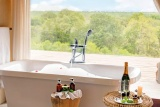 Leopard hills luxury bathroom