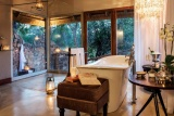 Dulini Private Game Lodge suite bathroom
