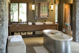 Leadwood bathroom