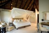 River-bedrooms05