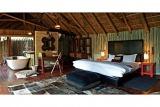 Luxurious Safari-style Bedroom at Jaci's Tree Lodge