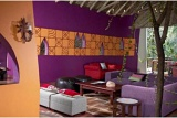 Colourful African-style Lounge at Jaci's Tree Lodge