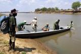 Canoe across Luangwa into Chikoko trails