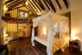 Giraffe manor - finch hatton suite