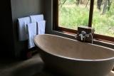 Rhino ridge safari lodge bush villa bath