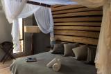 Rhino ridge safari lodge bush villa bed