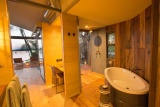 Thorntree river lodge en suite bathroom
