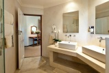 Knysna hollow garden suites bathroom