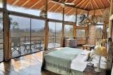 Tarangire treetops bedroom