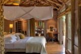Lake Manyara Tree Lodge, bedroom