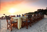 Kungwe, beach dining
