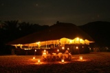 Kungwe, lounge at night