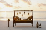 Breezes Beach Bed