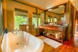 Kwando little kwara bathroom