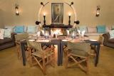 Kambaku safari lodge guest fireplace