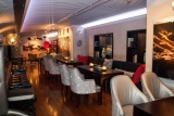 Bascule lounge dining area