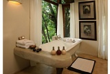 Elegant baths with bush views, Impodimo Game Lodge