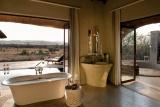 Madikwe hills, en-suite bathroom