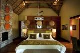 Morukuru river house bedroom