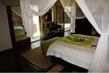 Spacious bedrooms, Tau Game Lodge