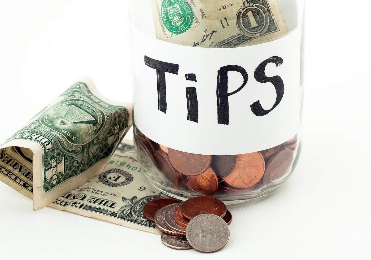 Tip jar by